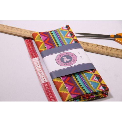 Tissu motif aztèque